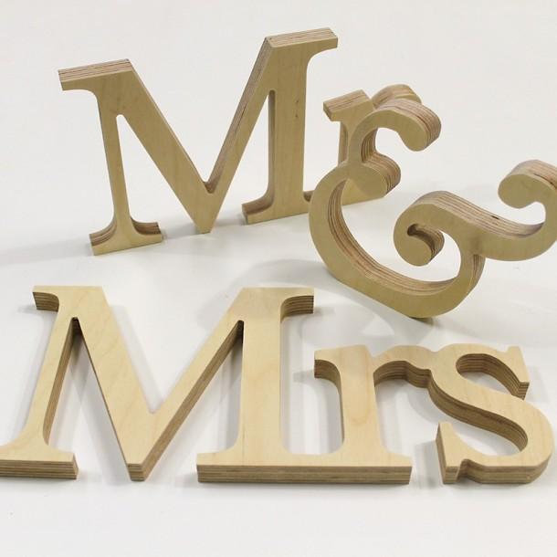 Classic Mr & Mrs Letter Set - Unpainted