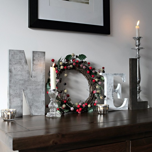 Hand Painted Wreath Letters