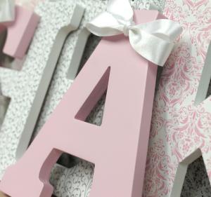 pink-grey-damask